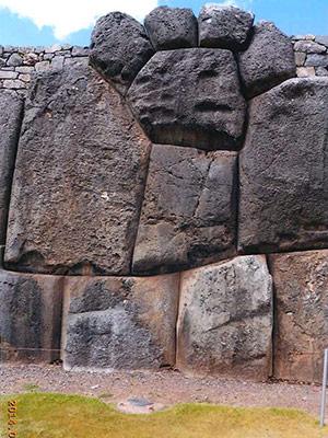 クスコのサクサイワマン(インカ要塞)