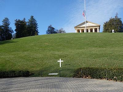 ロバートケネディのお墓とアーリントンハウス